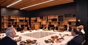 Ekrem İmamoğlu, CHP'li belediye başkanlarıyla toplantı düzenledi.