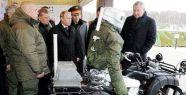 Rusya yeni savaş robotu, Putin'e tanıttı