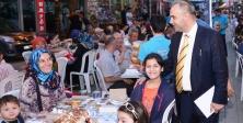 Maltepe'de iftar sonrası Karagöz-Hacivat coşkusu