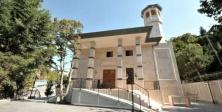 Beykoz'da  Acarlar Camisi Dualarla İbadete Açıldı