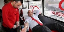 Ataşehir Belediyesi'nden Türk Kızılayı'na Kan Bağışı