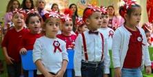 Maltepeli miniklerden kemanlı Cumhuriyet kutlaması
