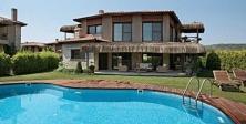 Yazla birlikte tatil bölgelerinde emlak sektörü canlandı