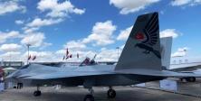 Türkiye'nin İlk Yerli Savaş Uçağı Paris'te Sergilendi