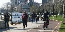 İstanbul'da Caddebostan sahili yine doldu