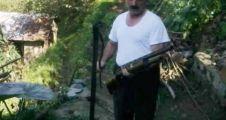 Trabzon'da Kediye Saldıran dev yılan öldürüldü