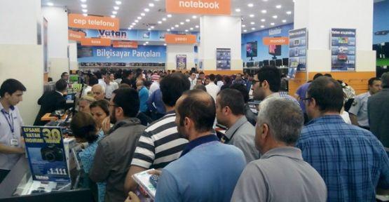 Vatan Bilgisayar'ın 28'inci mağazası Ataşehir'de