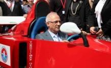 Başkan Zengin F1 pilotu oldu