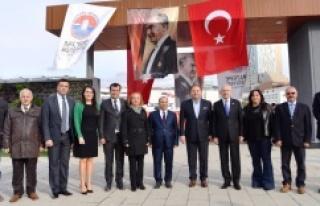 Kılıçdaroğlu Maltepe Cumhuriyet Parkı'nı ziyaret...