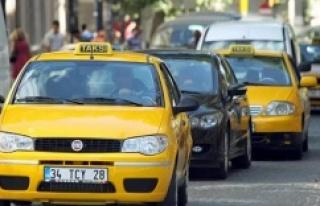 İmamoğlu'ndan taksicilerin 'İstanbul'u...