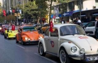"CUMHURİYET'İN 97. YILINA ""KLASİK OTOMOBİLLER""..."