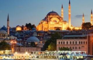İSTANBUL'A DOKUZ AYDA 3,6 MİLYON TURİST GELDİ