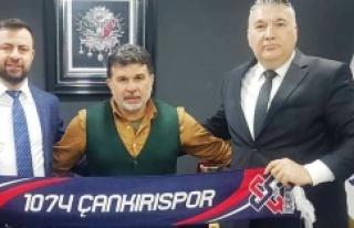 1074 Çankırıspor'un Yeni Başkanı Barbaros...