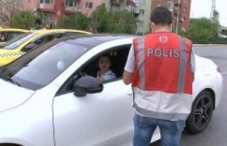 Ataşehir'de izin belgesi olmayanlar cezadan...