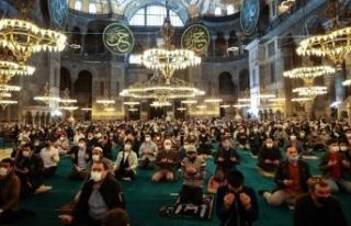Ayasofya Camii'nde 87 yıl sonra ilk Ramazan...