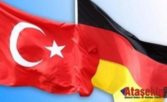Almanya seçimleri Türkiye'yi nasıl etkiler