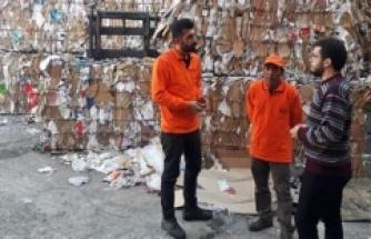 Kağıt toplayıcıları, belediyenin sigortalı işçisi oldu