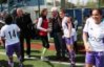 Ataşehir Belediyespor Şampiyonluğu İzmir'e Kaptırdı