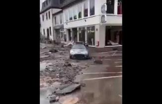 Almanya Sel Baskını