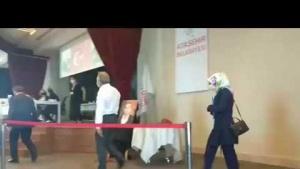 Ataşehir Belediye Meclis toplantısı Ak Parti Gurubunun Protesto Ettiler