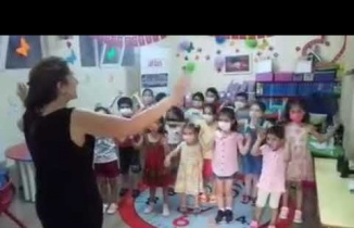 Atlas Derneğinde Minikler Ahtapot şarkısı ile spor yapıyorlar