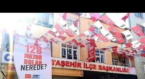 CHP Ataşehir'de '128 milyar dolar nerede' afişine polis müdahalesi