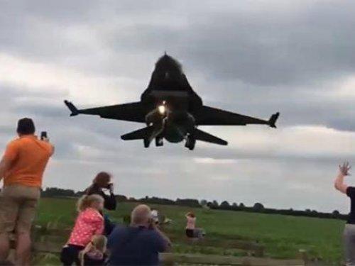 Türk F16'sı İngiltere'yi ayağa kaldırdı
