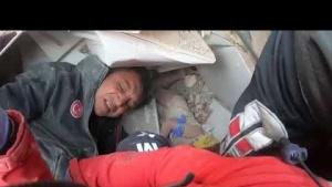 İzmir Depremi, Ayda Bebek, Çıkartılma anı