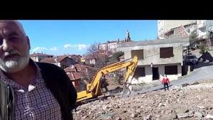 Yenisahra Mah., DKY İnşaat, Riskli Binaların yıkımını Zirve Yıkım Firması gerçekleştiriyor
