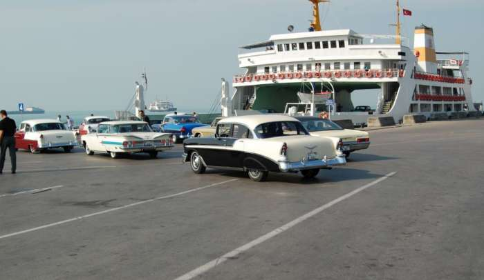 Klasik Otomobilciler Egeye Yelken Açıyor