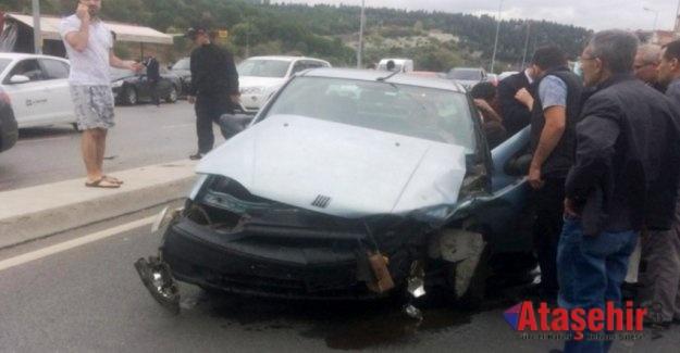 Ataşehir'de trafik kazası 2 yaralı