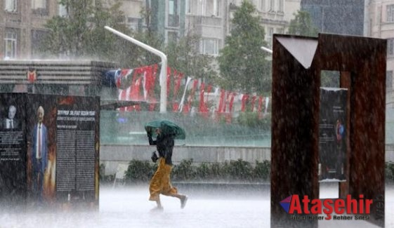İstanbul'u sel bastı