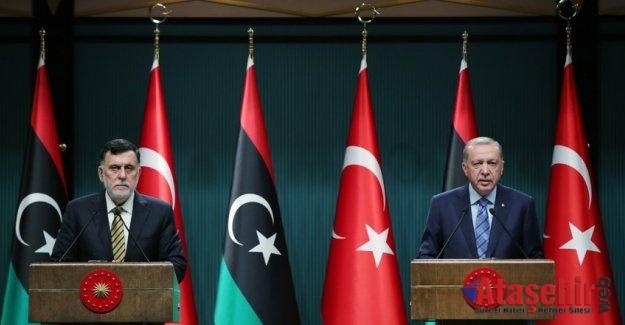 """""""Libyalı kardeşlerimizi darbecilerin ve lejyonerlerin insafına bırakmayacağız"""""""