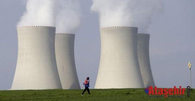 NÜKLEER ENERJİ'DE 43 TÜRK UZMAN YÜKSEKÖĞRETİM DİPLOMALARINI ALDI