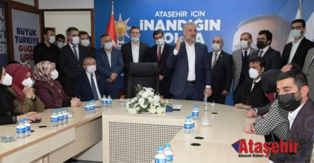 Osman Nuri Kabaktepe, AK Parti Ataşehir İlçe teşkilatını ziyaret etti.