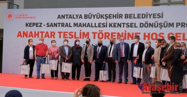 Sur Yapı Antalya'da 678 daire daha teslim edildi
