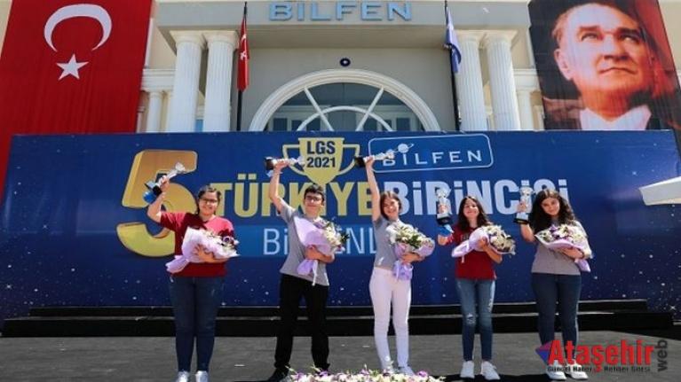 Bilfen'den 5 öğrenci tam puan aldı