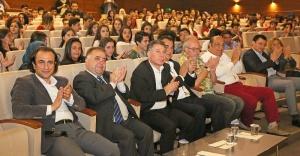 Hababam Sınıfı oyuncuları Ataşehir'de lise öğrencileri ile buluştu