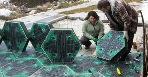 ABD'de Güneş enerjili yol hazır