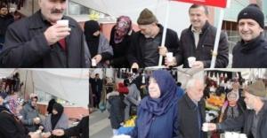 Ataşehir Saadet Partisi Pazar'da Sıcak Çorba Dağıttı