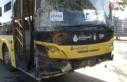 Ataşehir'de İETT otobüsü ve 2 minibüs birbirine...