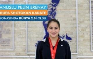 Karateci Pelin Erenay Dünya 2'incisi  oldu