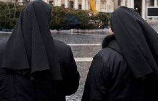 İtalya'da manastır kapılarını göçmenlere...