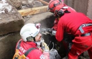 Türk insanının yüzde 55'inin hala deprem hazırlığı...