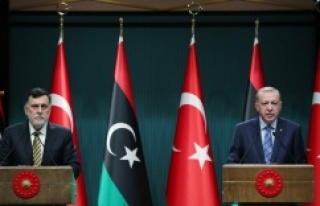 """""""Libyalı kardeşlerimizi darbecilerin ve lejyonerlerin..."""