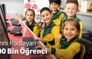 """""""YARINI KODLAYANLAR"""" PROJESİ 100 BİNİ AŞKIN..."""