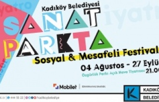 """SOSYAL VE MESAFELİ"" FESTİVAL KADIKÖY'DE..."
