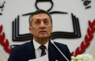 Milli Eğitim Bakanı Selçuk: Okullarımızı 21...