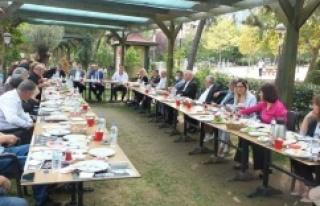 CHP Ataşehir İlçe Başkanlığı muhtarları ve...