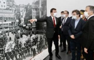 """""""ATATÜRK'ÜN FOTOĞRAFLARININ HİKAYESİ"""" SERGİSİ..."""